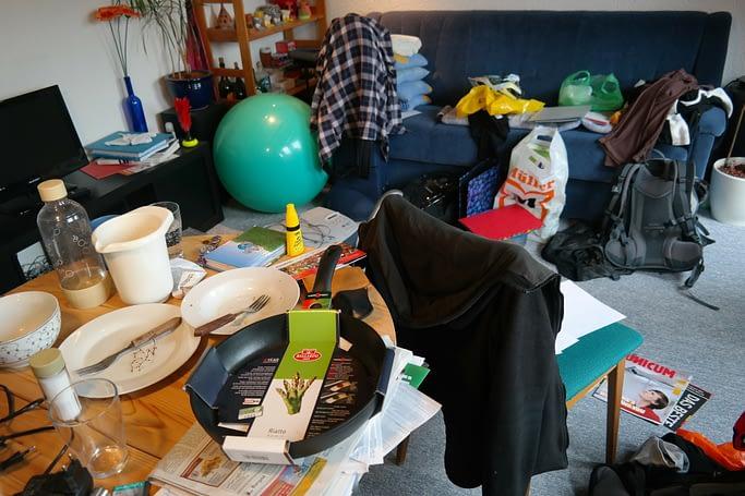 Rhodesvoice.com messy room blogpost